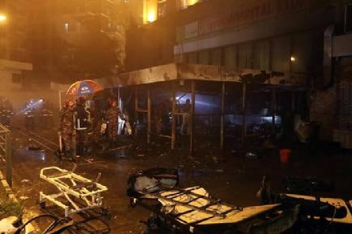 5 killed in hospital fire:  HC asks explanation from United Hospital